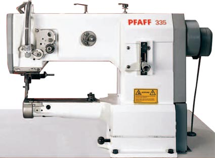 Machine à coudre Triple Entainement PFAFF 335